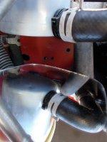 servosterzo vaschetta tubo1 fascette DSCN1369_2.JPG