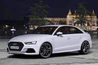 2016-Audi-A4-front-three-quarter.jpg